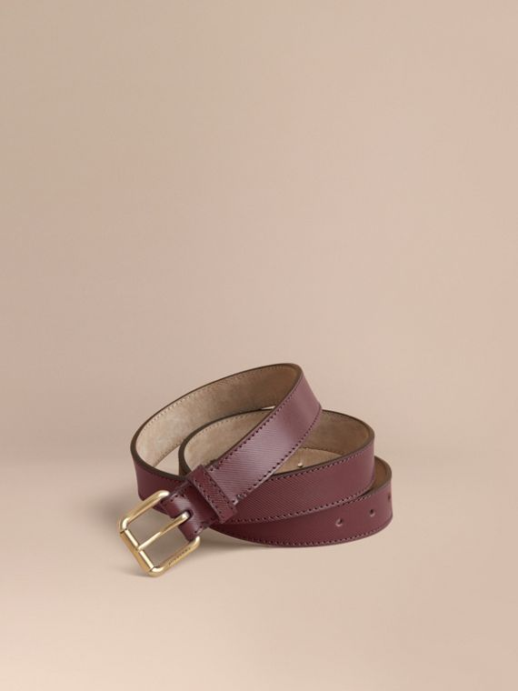 Trench Leather Belt in Wine