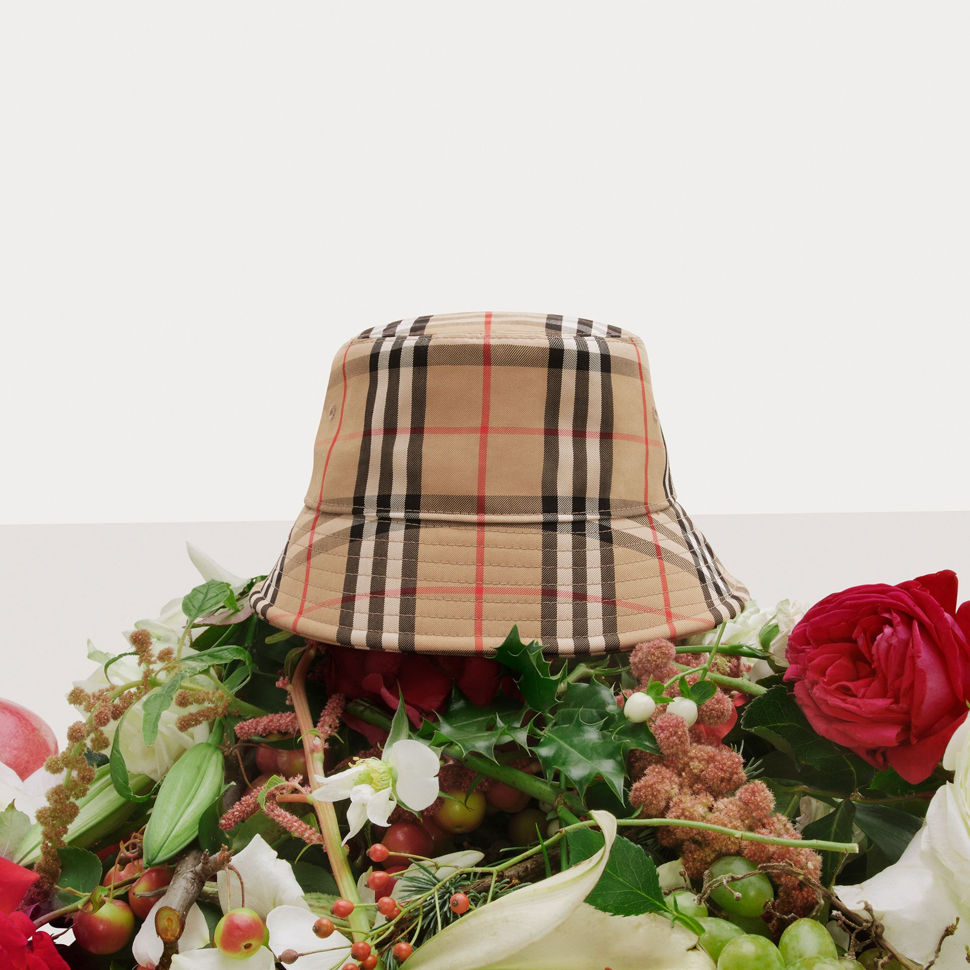 Vintage Check Cotton Blend Bucket Hat in Archive Beige | Burberry - gallery image 1