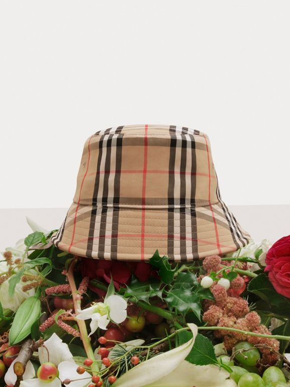 Vintage Check Cotton Blend Bucket Hat in Archive Beige | Burberry - cell image 1
