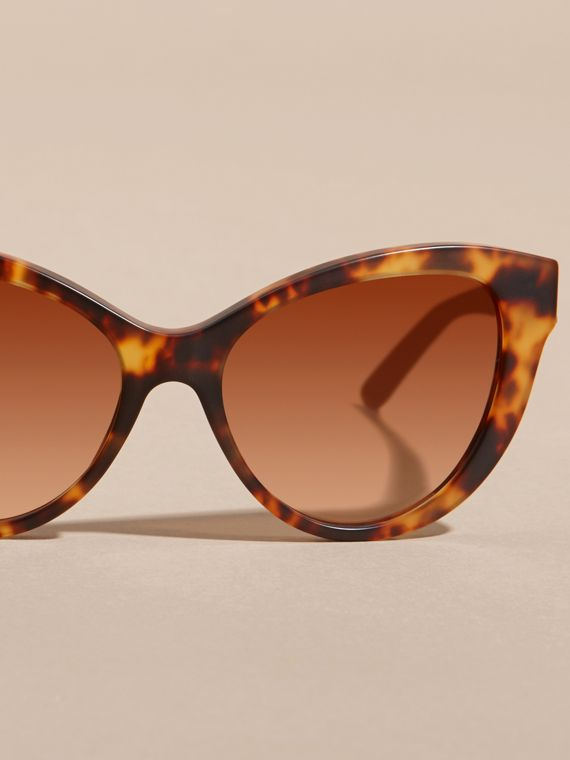 Tortoiseshell 3D Check Cat-eye Sunglasses Tortoiseshell - cell image 2