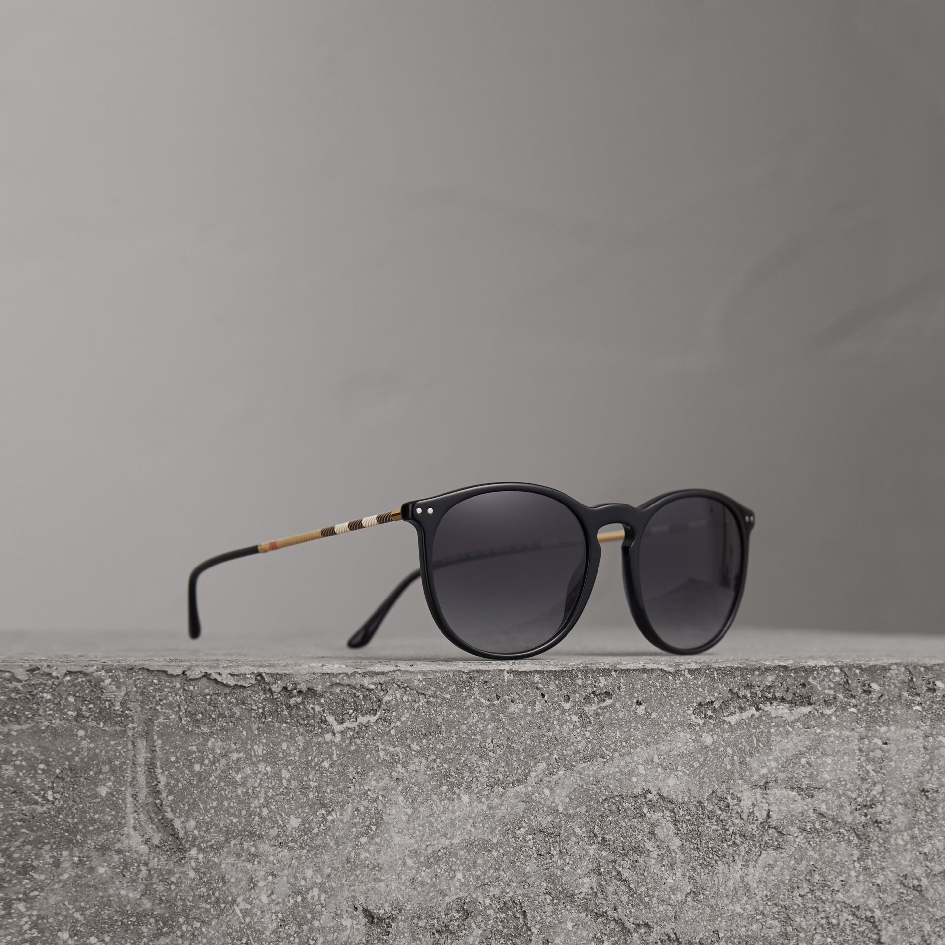 Check Detail Round Frame Sunglasses in Black - Men | Burberry Canada - gallery image 0