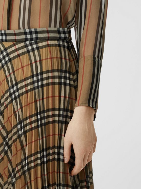 Gonna a pieghe in chiffon con motivo Vintage check (Beige Archivio) - Donna | Burberry - cell image 1