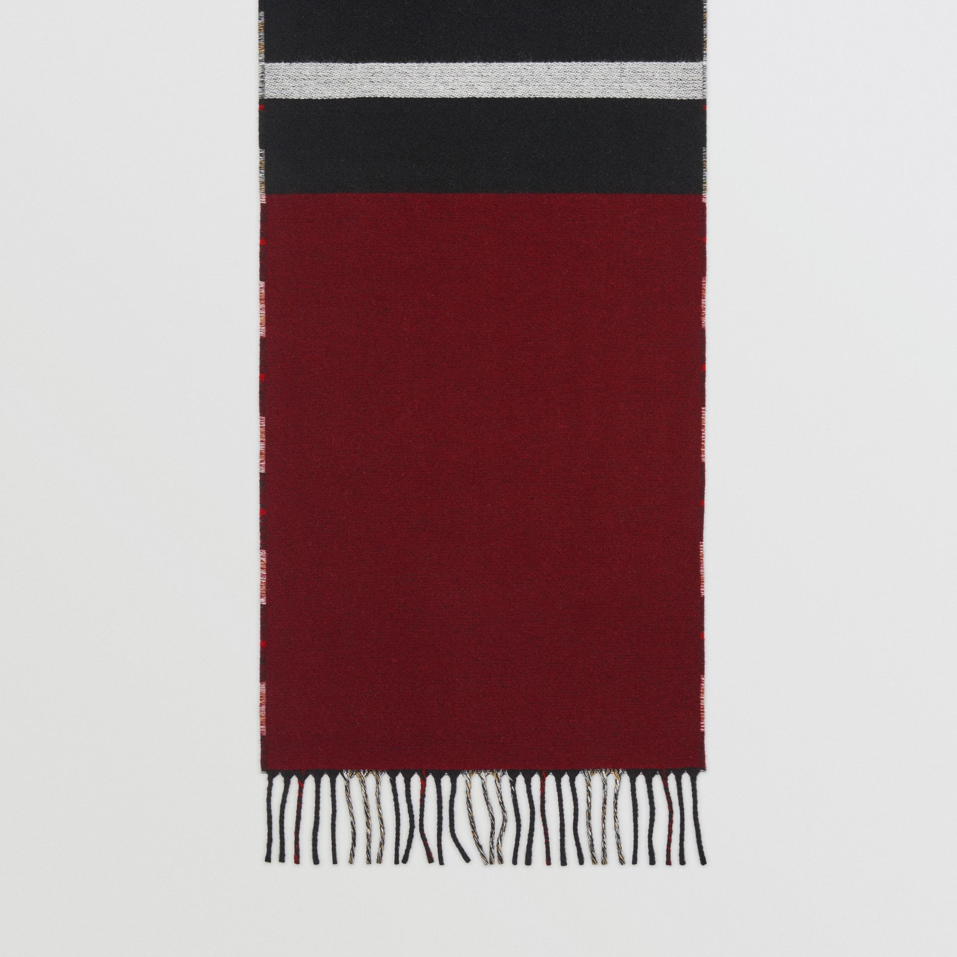 Reversible Stripe and Check Wool Cashmere Scarf in Black | Burberry - gallery image 3