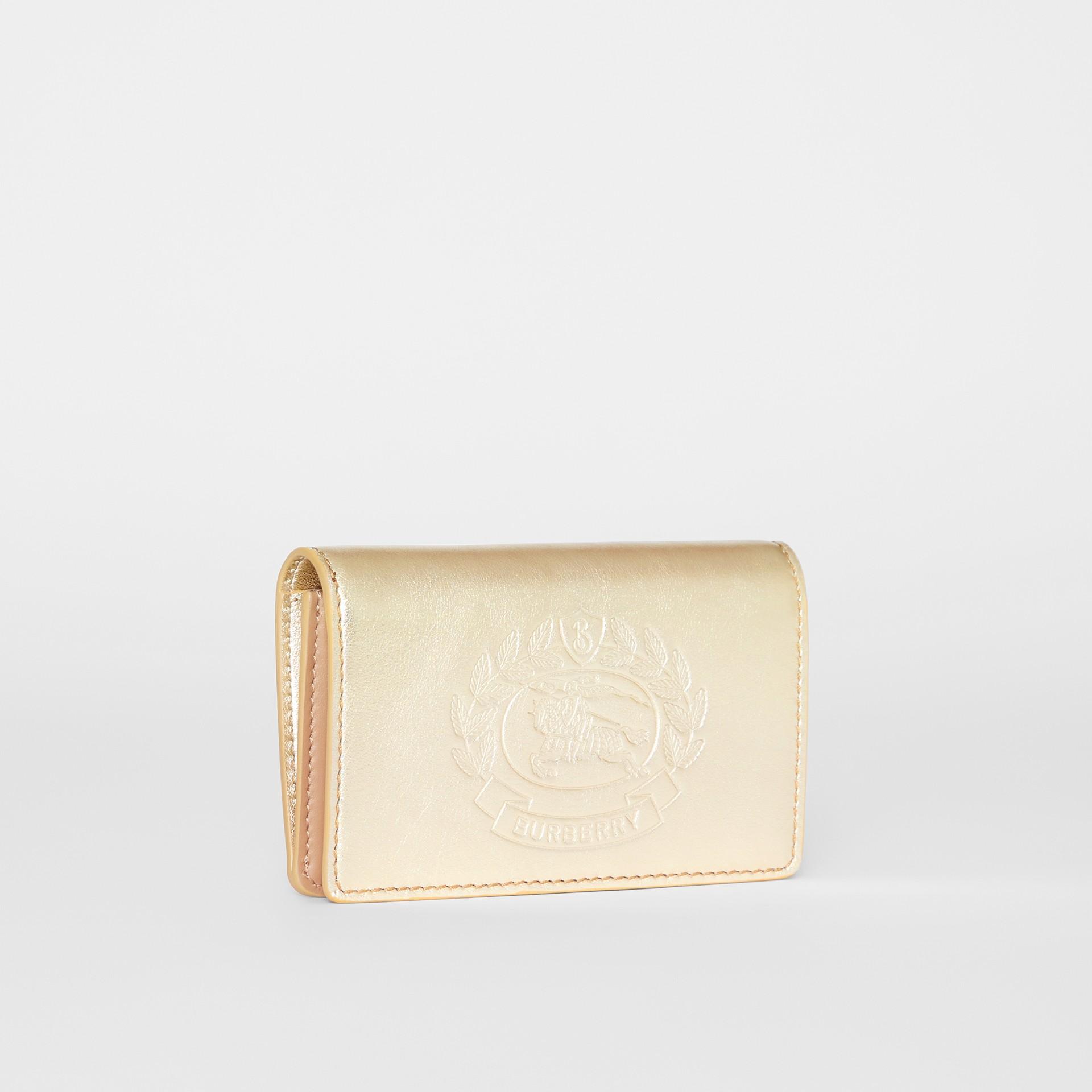 Kleine Brieftasche aus Metallic-Leder mit geprägtem Ritteremblem (Goldfarben) - Damen | Burberry - Galerie-Bild 4