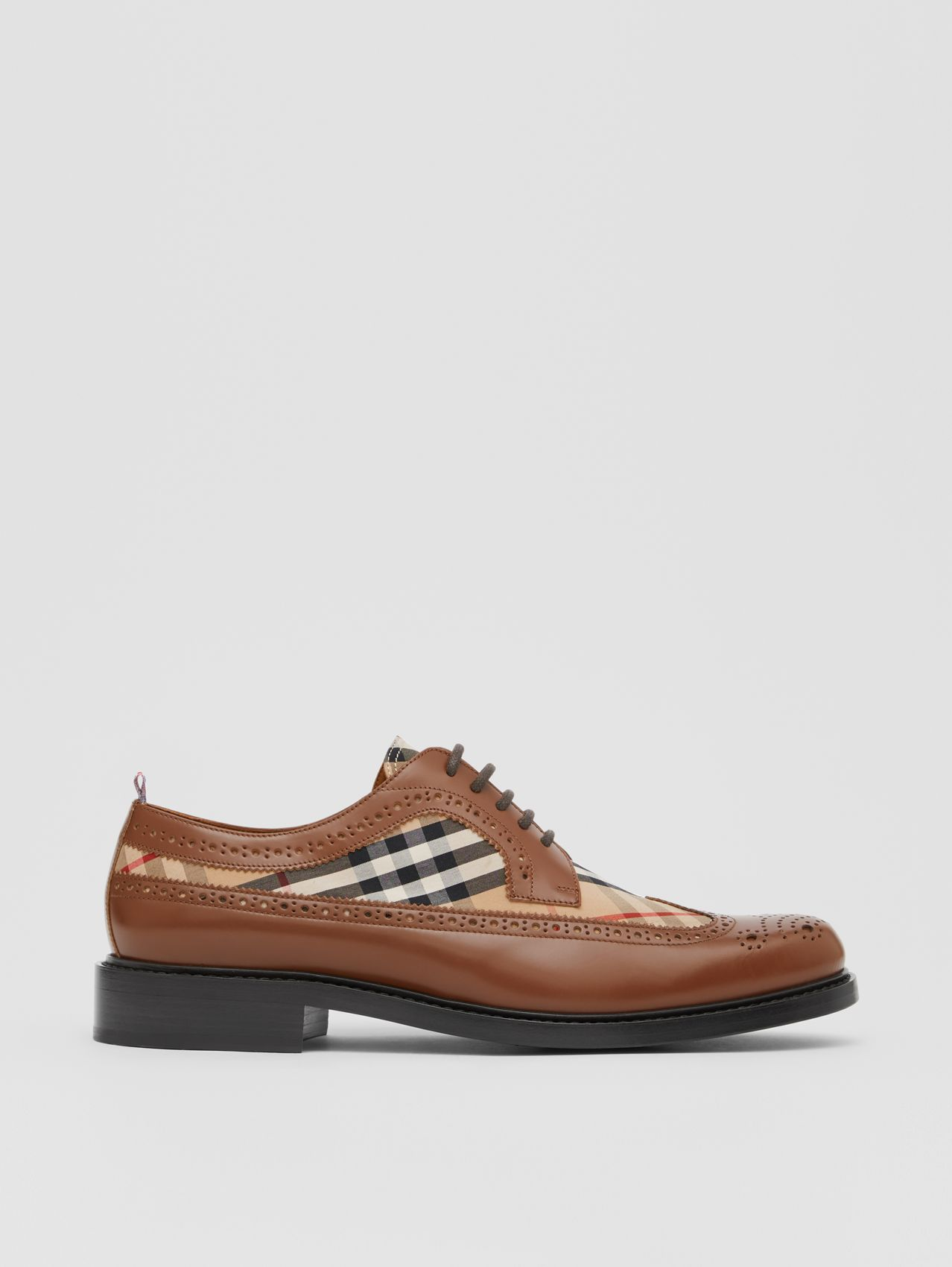 Brogue Detail Leather and Vintage Check Derby Shoes (Tan/archive Beige)