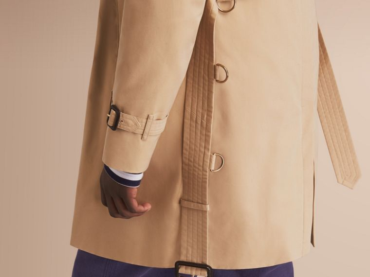 The Kensington – Long Heritage Trench Coat in Honey - Men | Burberry - cell image 4