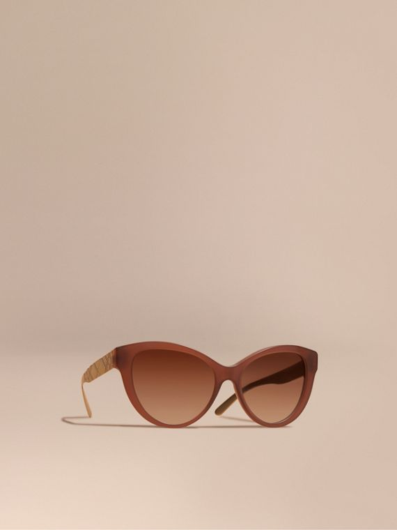 3D Check Cat-eye Sunglasses Taupe Brown
