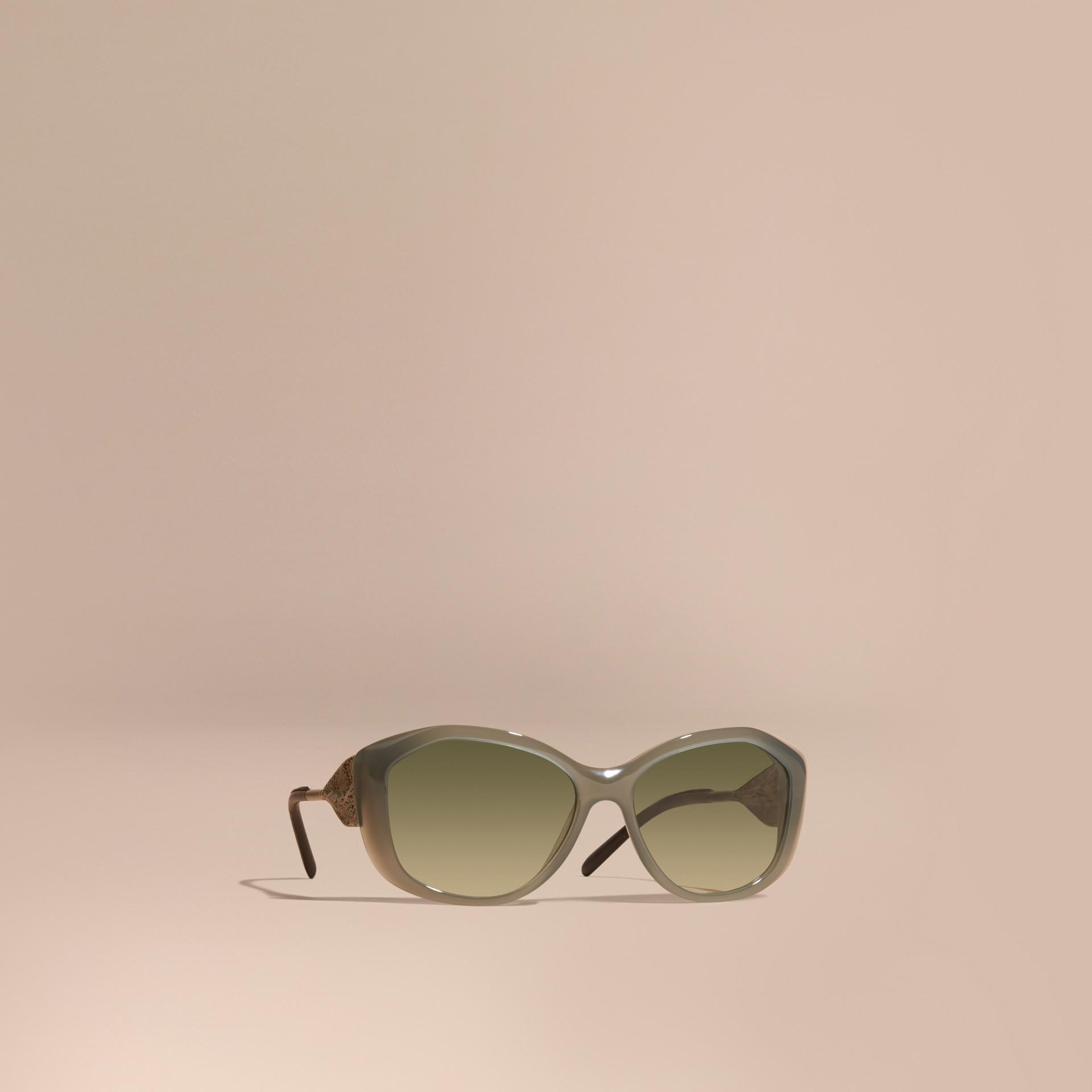 Verde ópalo Gafas de sol con montura cuadrada de la colección Encaje de gabardina Verde Ópalo - imagen de la galería 1
