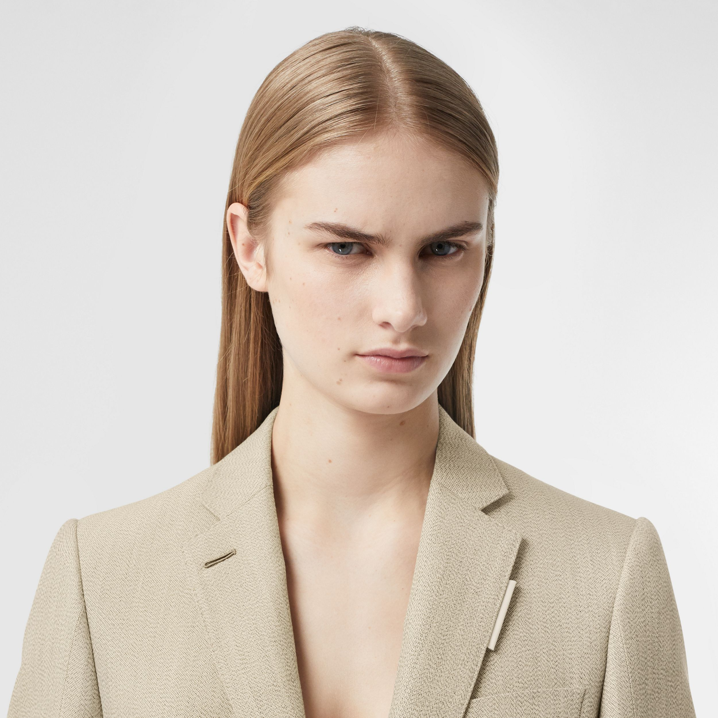 Cut-out Detail Technical Wool Blazer in Grey - Women | Burberry - 2