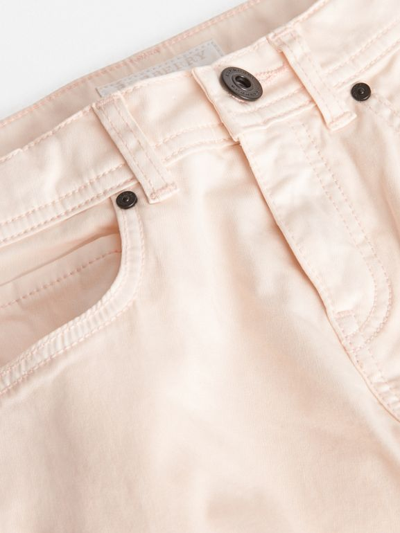 Jean casual en denim stretch (Rose Pink Pâle) - Fille | Burberry - cell image 1