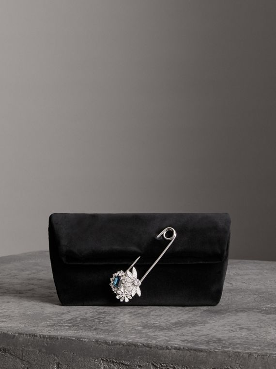 The Small Pin Clutch in Velvet in Black