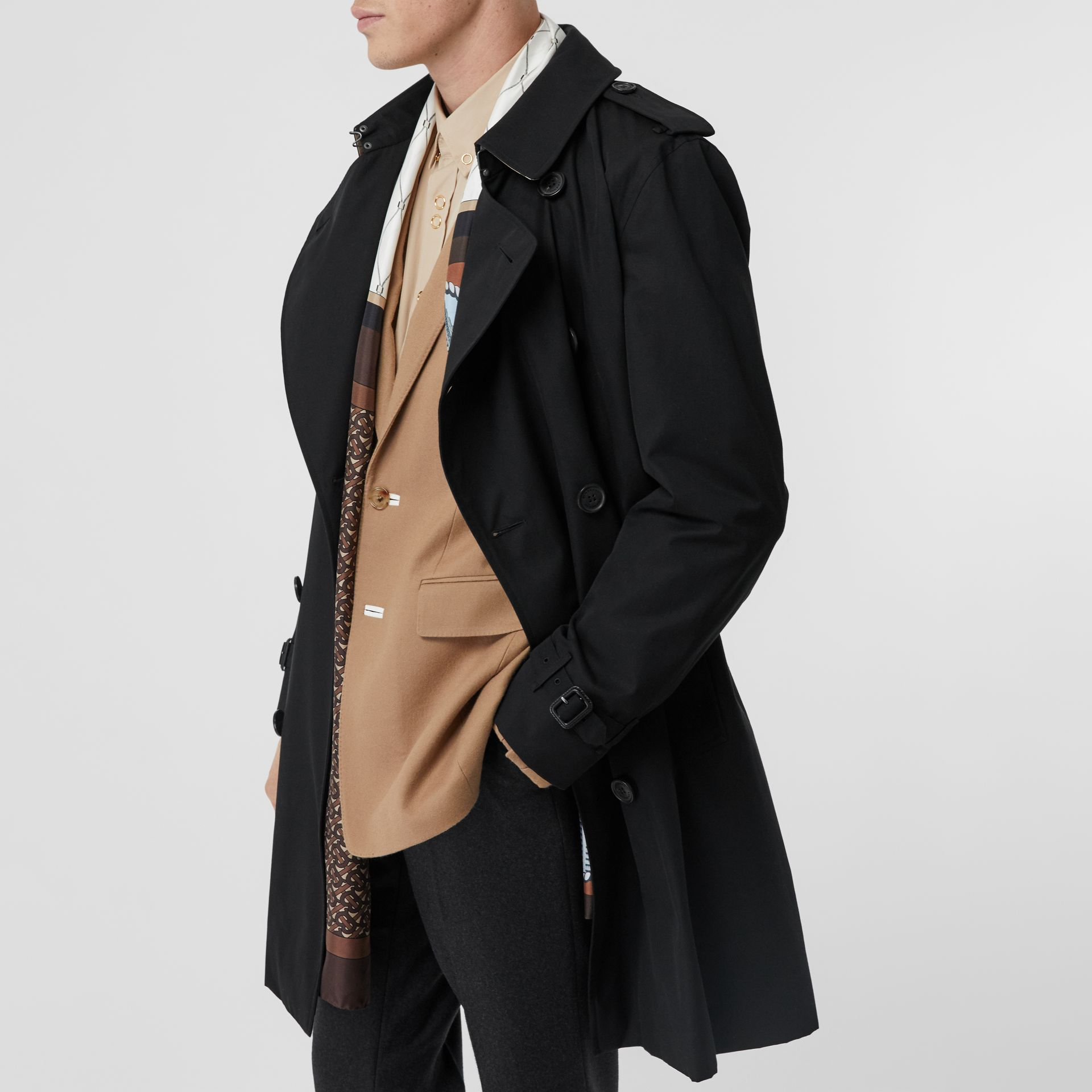 The Kensington Heritage Trench Coat in Black | Burberry - gallery image 10