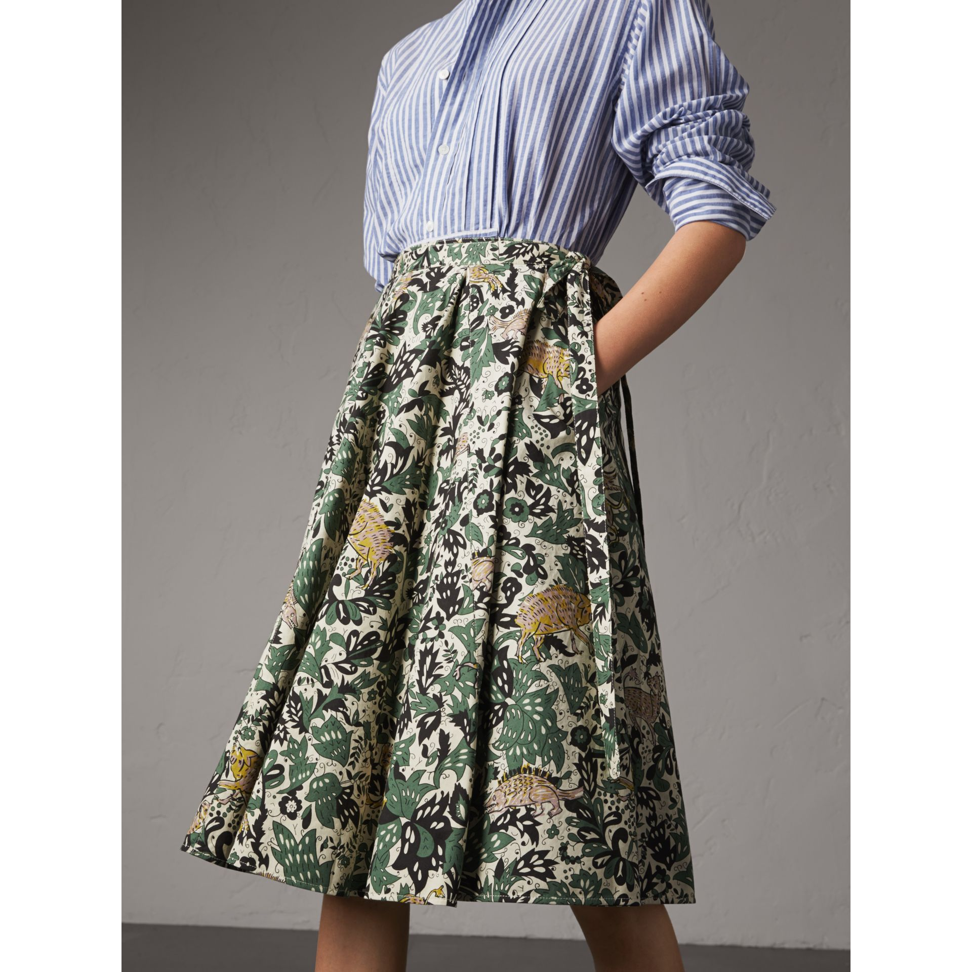 Beasts Print Cotton Wrap Skirt in Chalk Green - Women | Burberry - gallery image 5