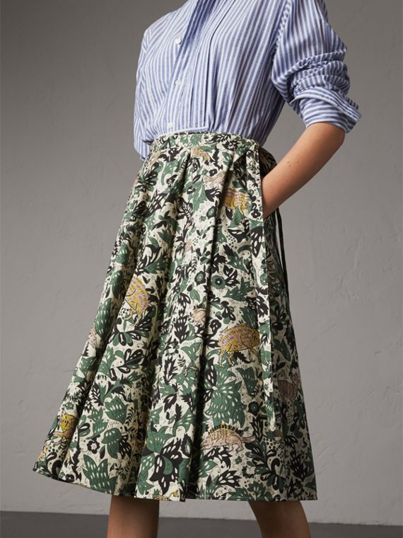 Beasts Print Cotton Wrap Skirt in Chalk Green