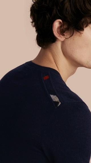 Pullover girocollo in leggero cashmere con finiture check