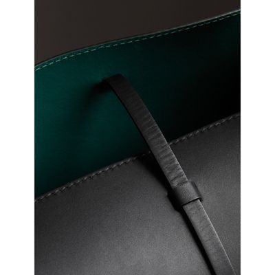 Burberry - Grand sac The Bucket en cuir - 2