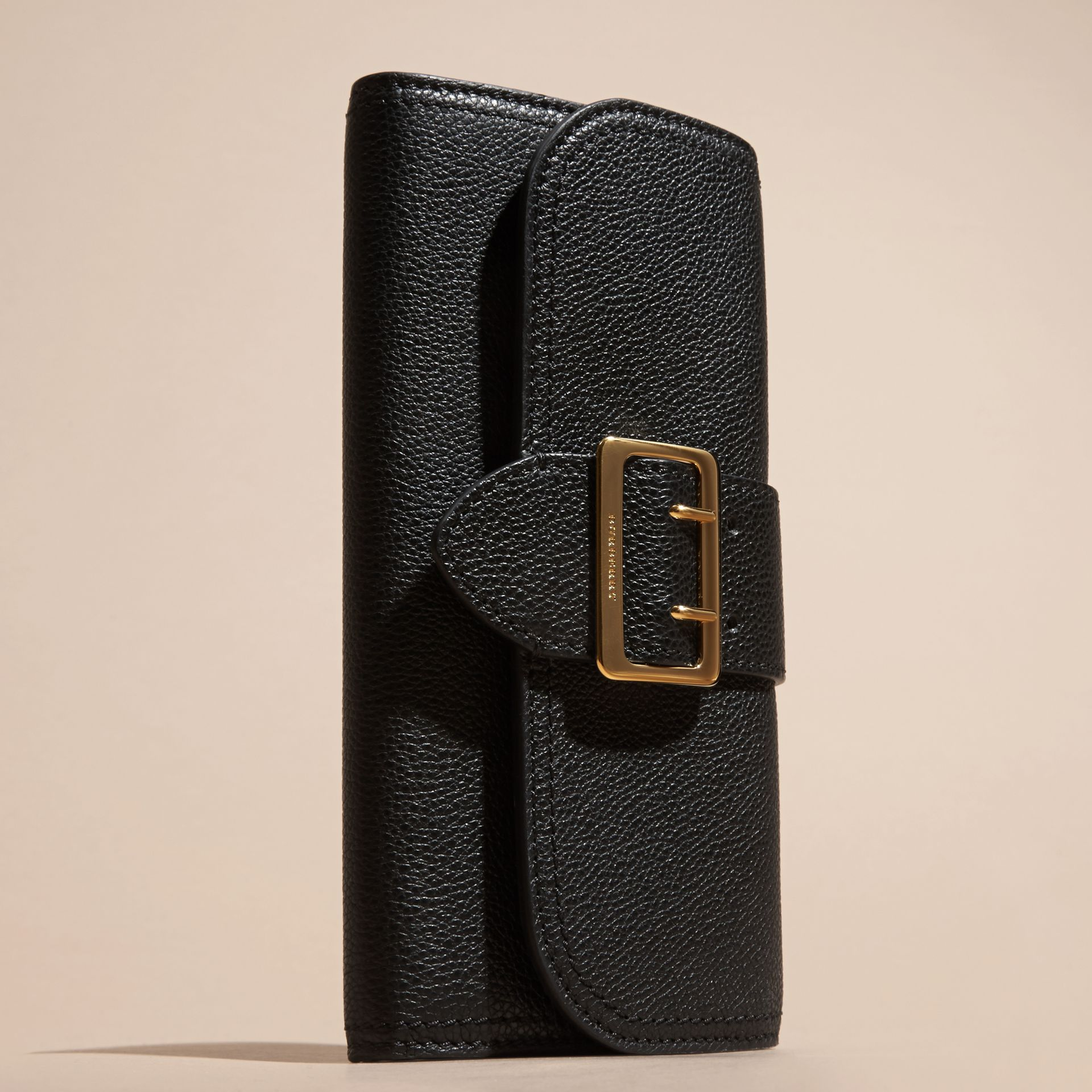 Black Textured Leather Continental Wallet Black - gallery image 6