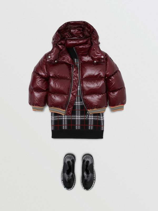 Icon Stripe Detail Hooded Puffer Jacket in Burgundy | Burberry Singapore - cell image 2