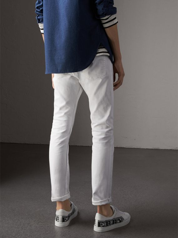 Jean stretch de coupe droite en denim japonais (White) - Homme | Burberry - cell image 2