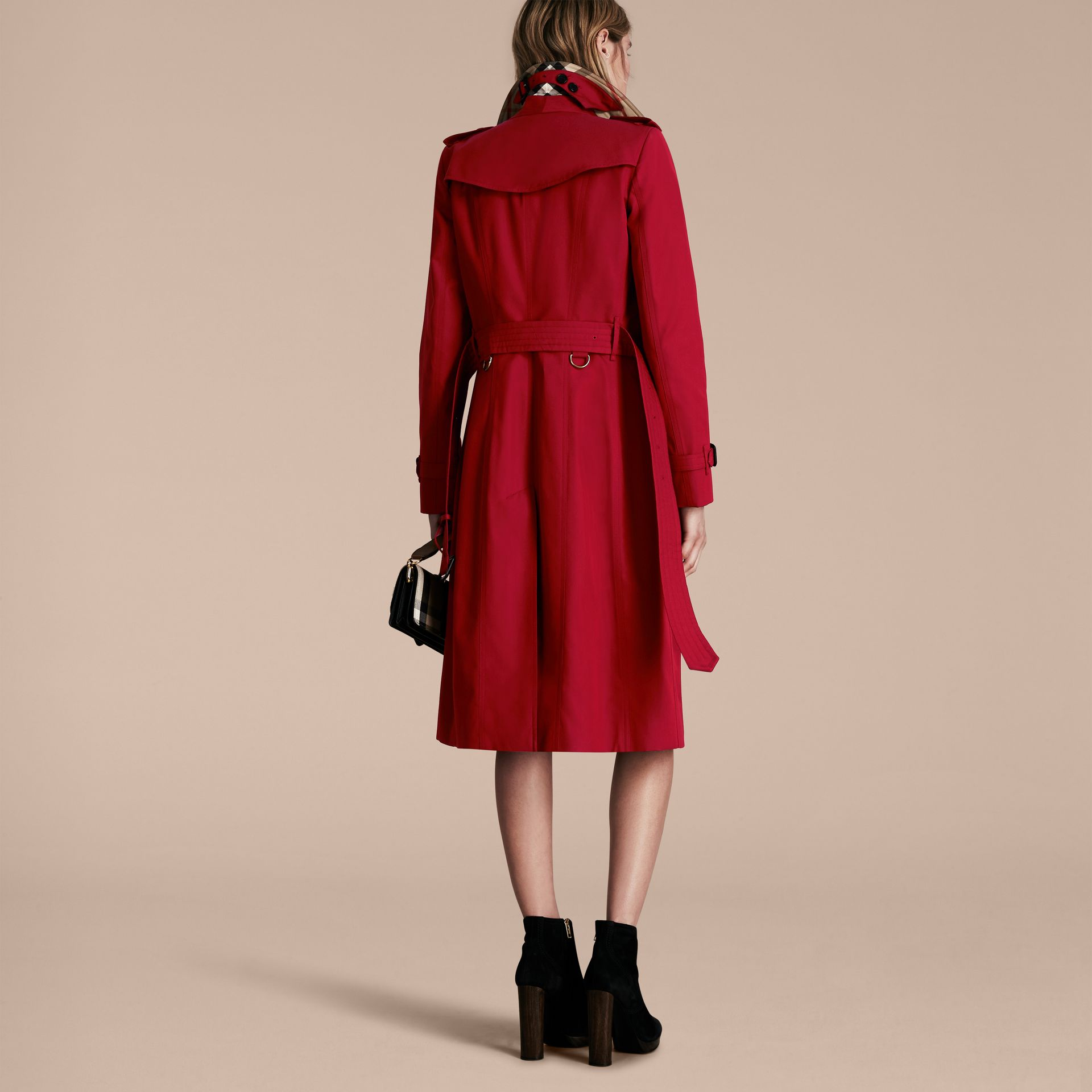 Parade red The Chelsea – Extra-long Heritage Trench Coat Parade Red - gallery image 3