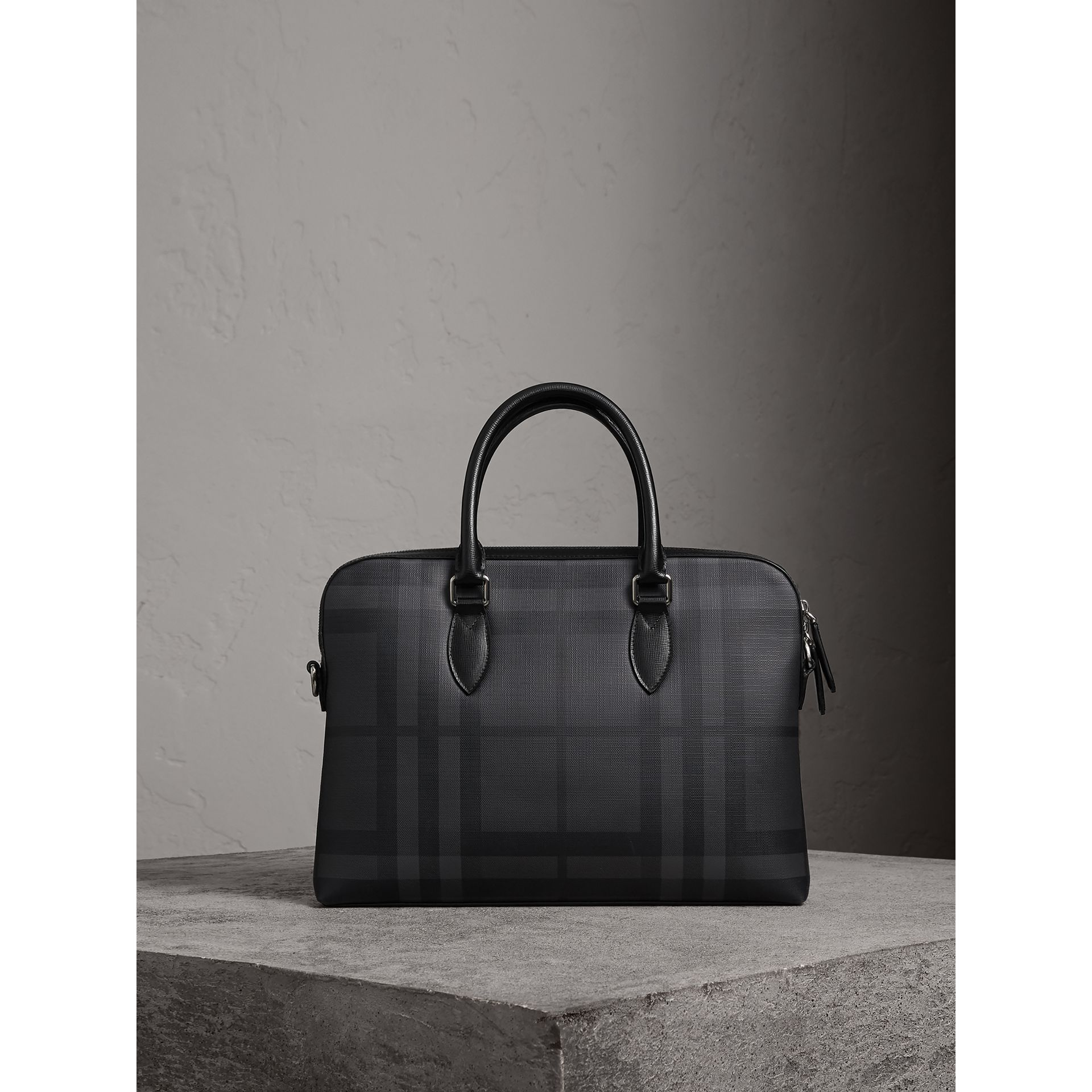 The Slim Barrow in London Check in Charcoal/black - Men | Burberry Australia - gallery image 0