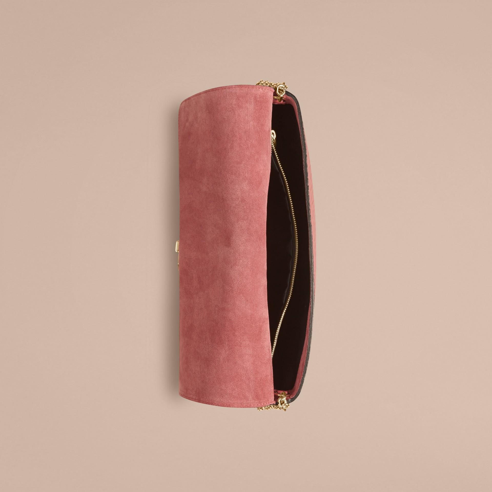 Rosa antico Pochette media in pelle a grana Burberry Rosa Antico - immagine della galleria 4
