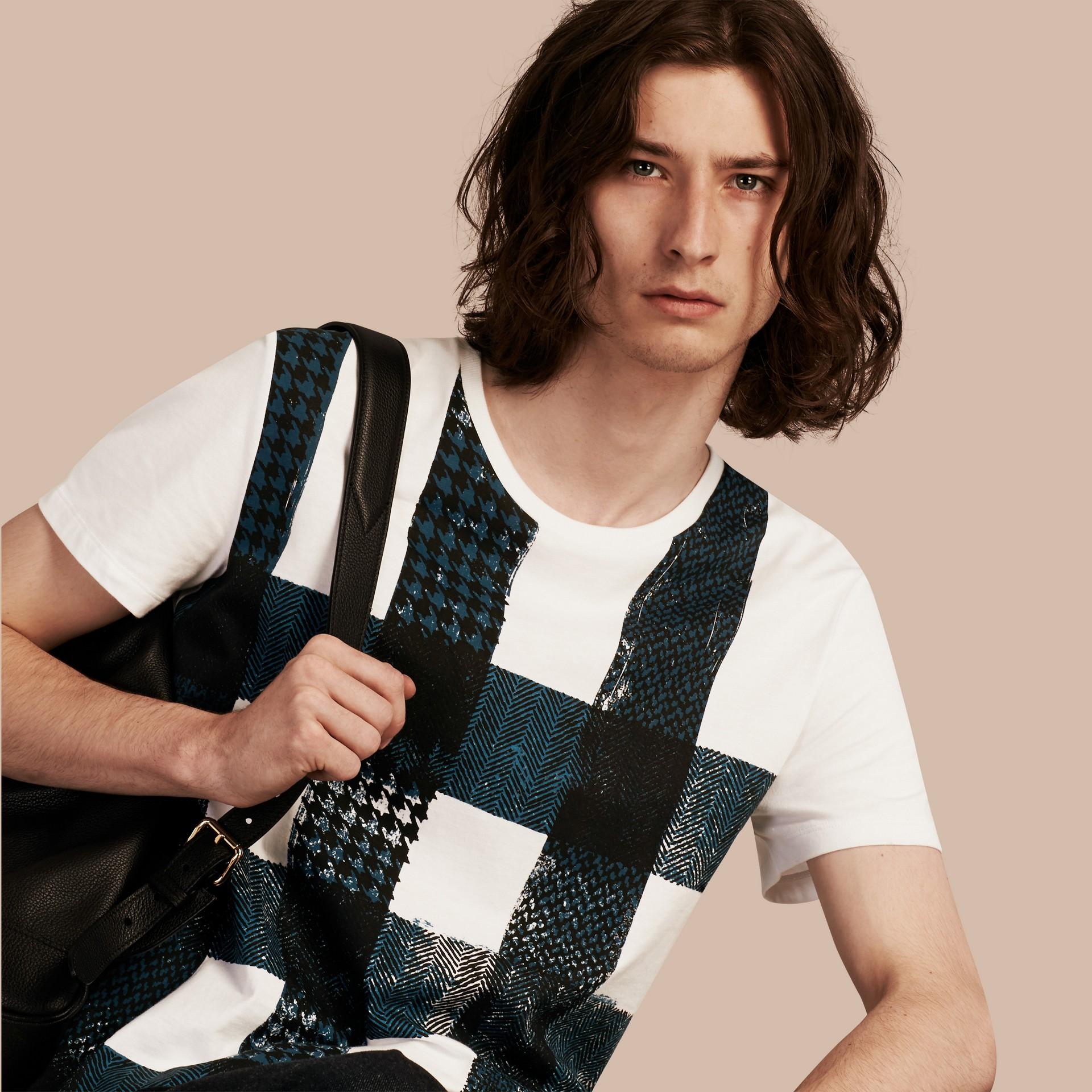 Blanc T-shirt en coton à motif check texturé Blanc - photo de la galerie 6