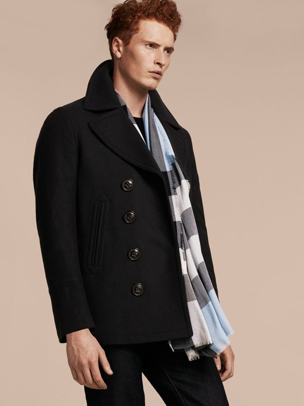 Lightweight Check Cashmere Scarf in Dusty Blue | Burberry United Kingdom - cell image 3