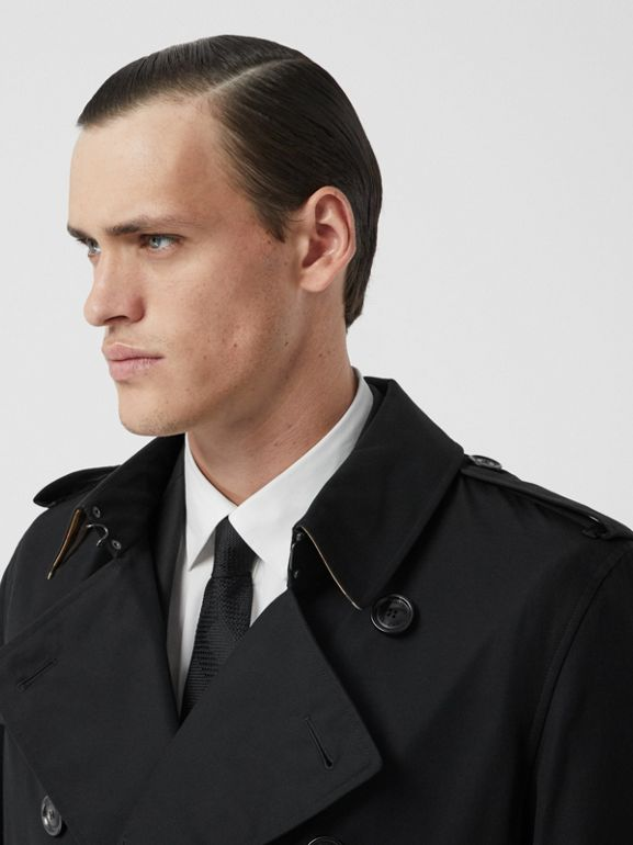 The Long Kensington Heritage Trench Coat in Black - Men | Burberry - cell image 1