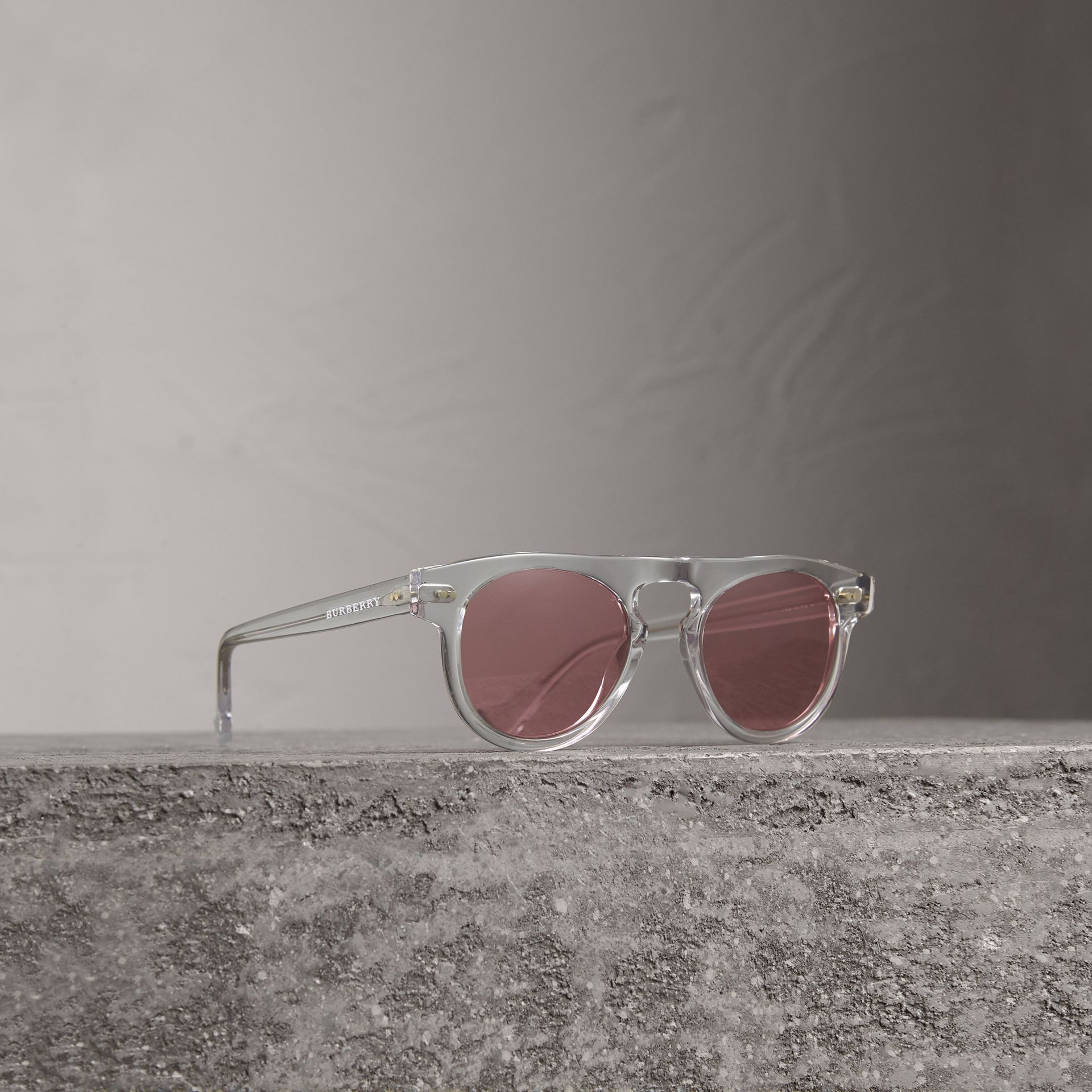 The Keyhole Round Frame Sunglasses in Crystal/pink | Burberry Australia - gallery image 0