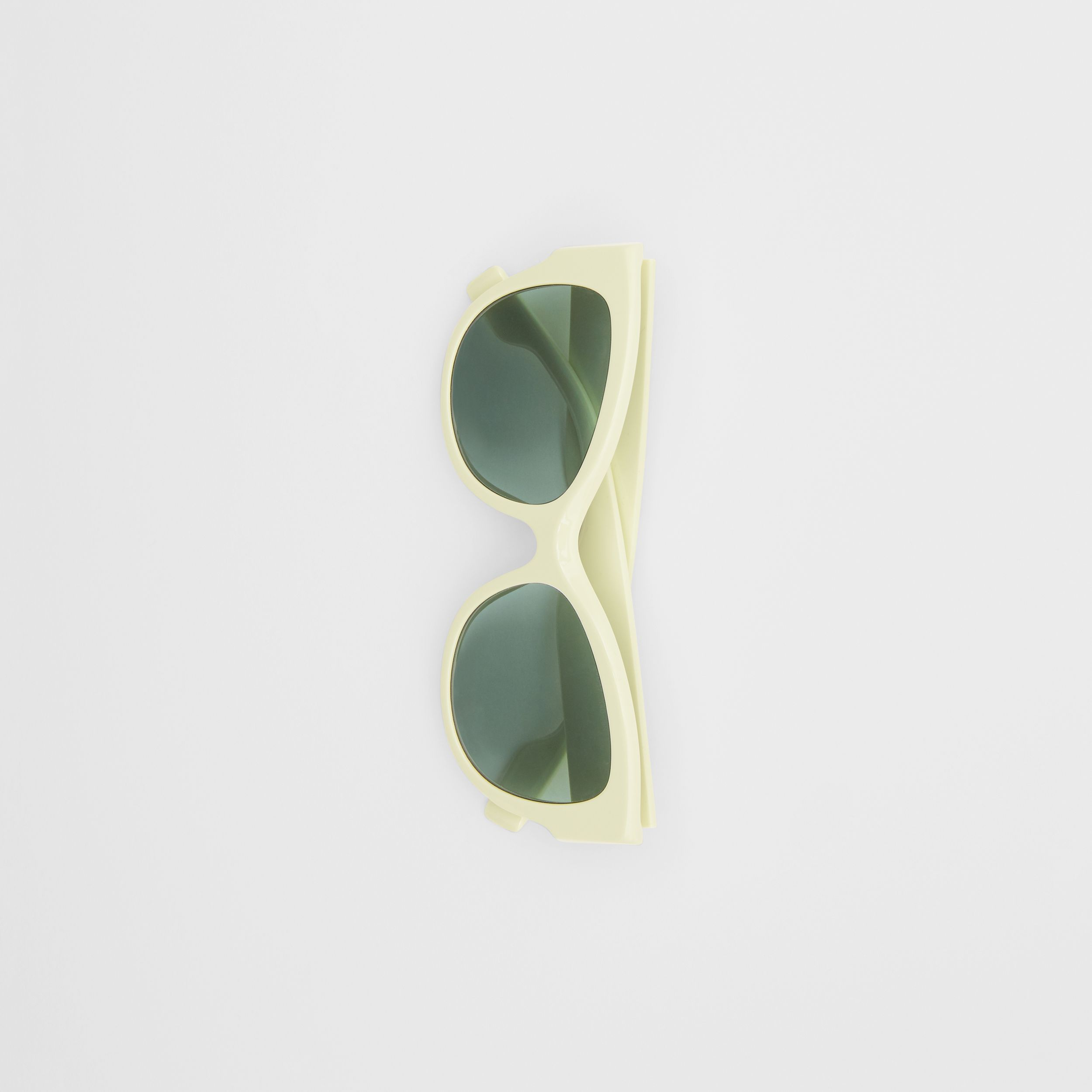 Butterfly Frame Sunglasses in Pistachio - Women | Burberry - 4