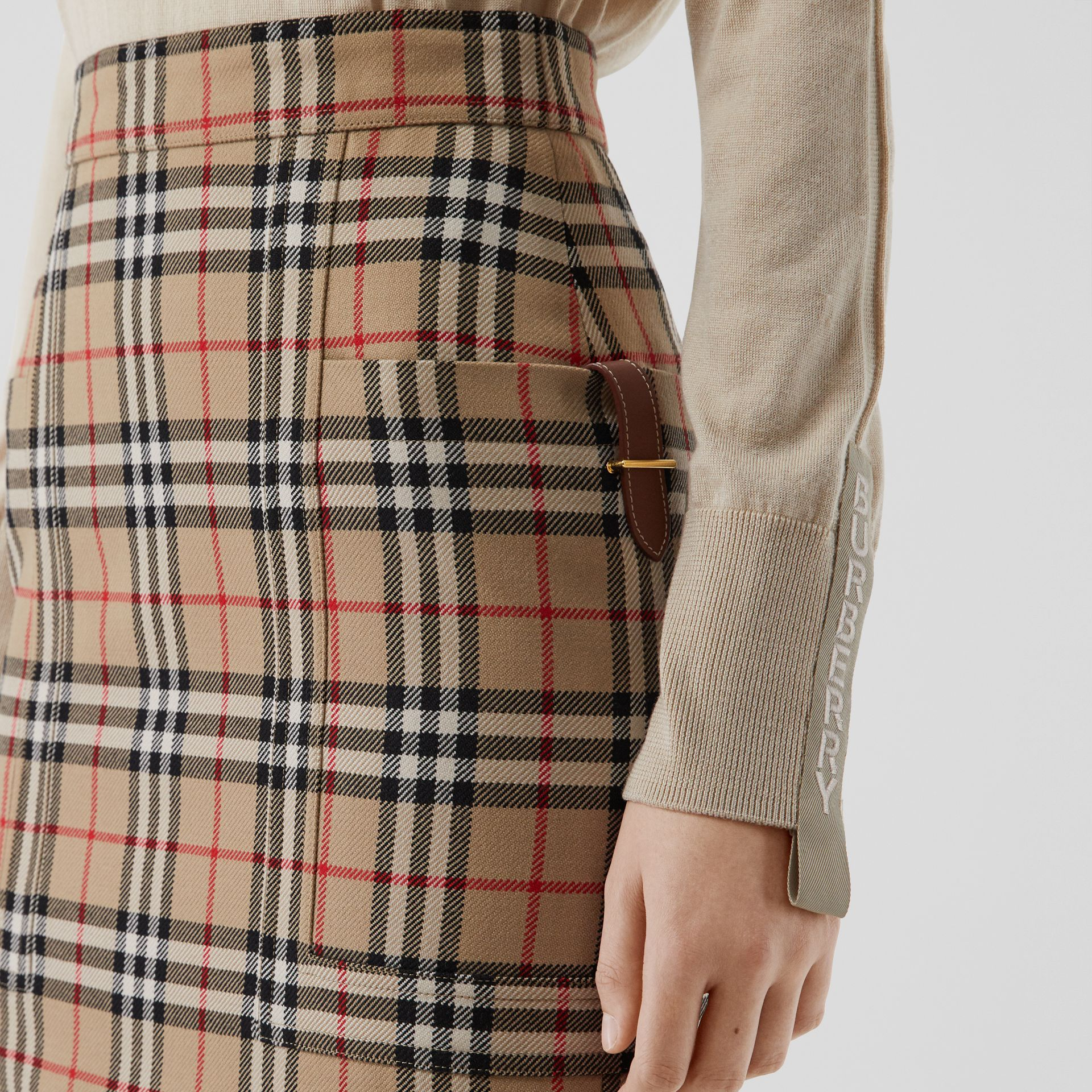 Pocket Detail Vintage Check Wool Pencil Skirt in Archive Beige - Women | Burberry - gallery image 1