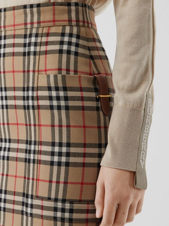 Pocket Detail Vintage Check Wool Pencil Skirt in Archive Beige - Women | Burberry - cell image 1