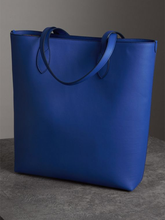 Graffiti Print Bonded Leather Tote in Denim Blue | Burberry - cell image 2
