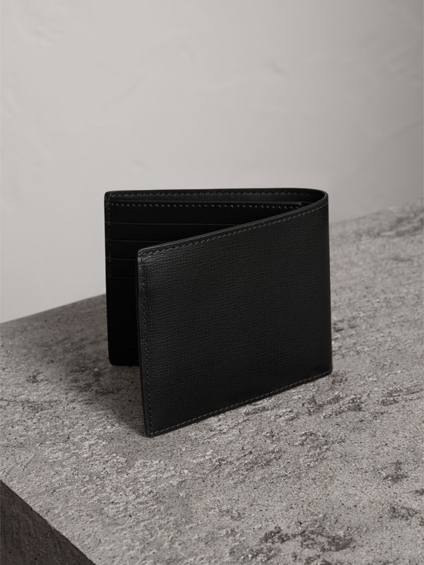 London Leather International Bifold Wallet in Black | Burberry - cell image 2