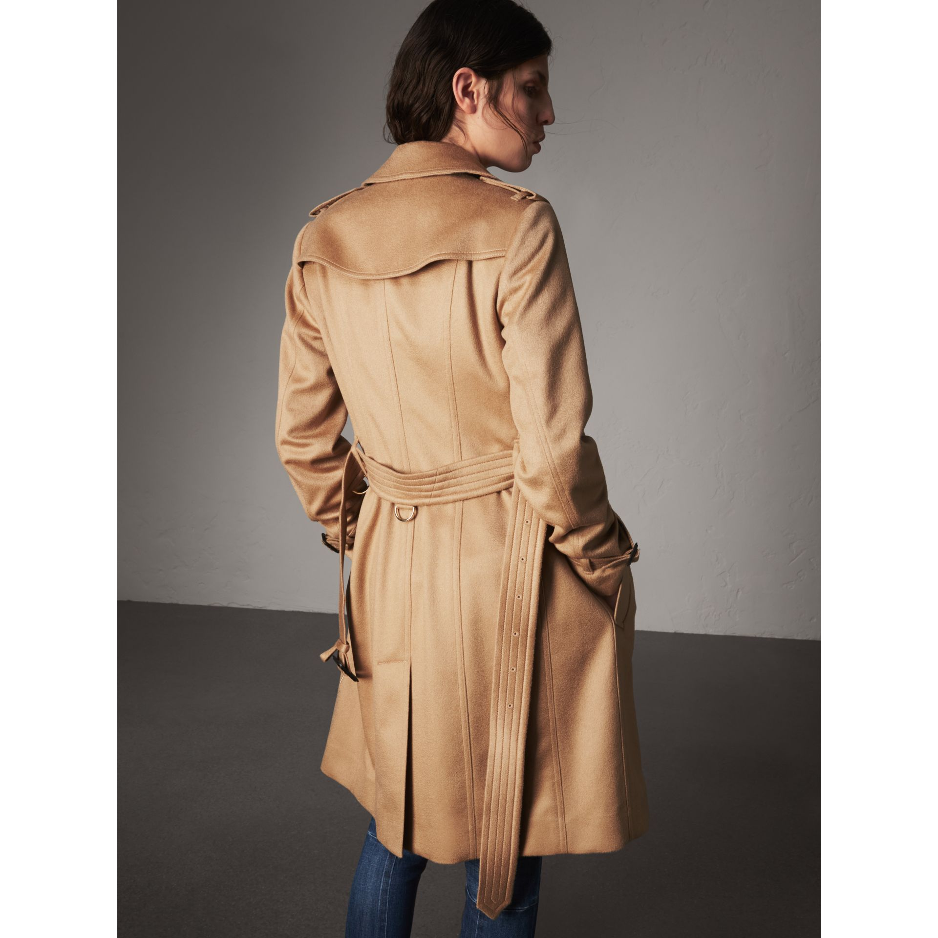 Sandringham Fit Cashmere Trench Coat in Camel - Women | Burberry Canada - gallery image 3