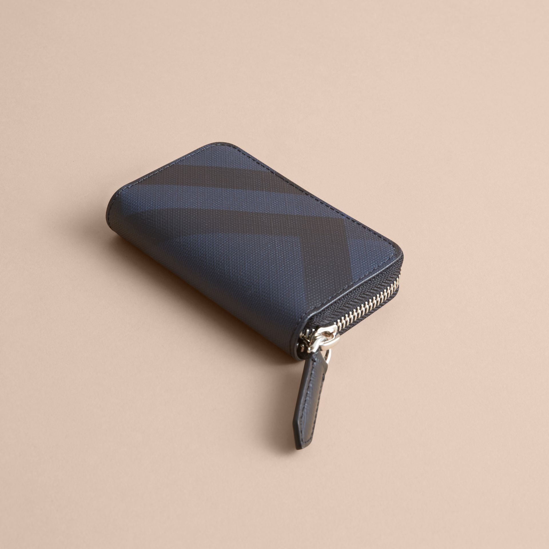 London Check Ziparound Coin Case in Navy/black - Men | Burberry - gallery image 3
