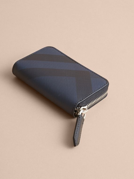 London Check Ziparound Coin Case in Navy/black - Men | Burberry - cell image 2