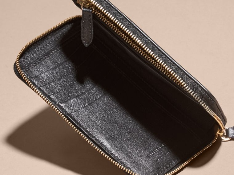 Medium Horseferry Check and Leather Ziparound Wallet - cell image 4