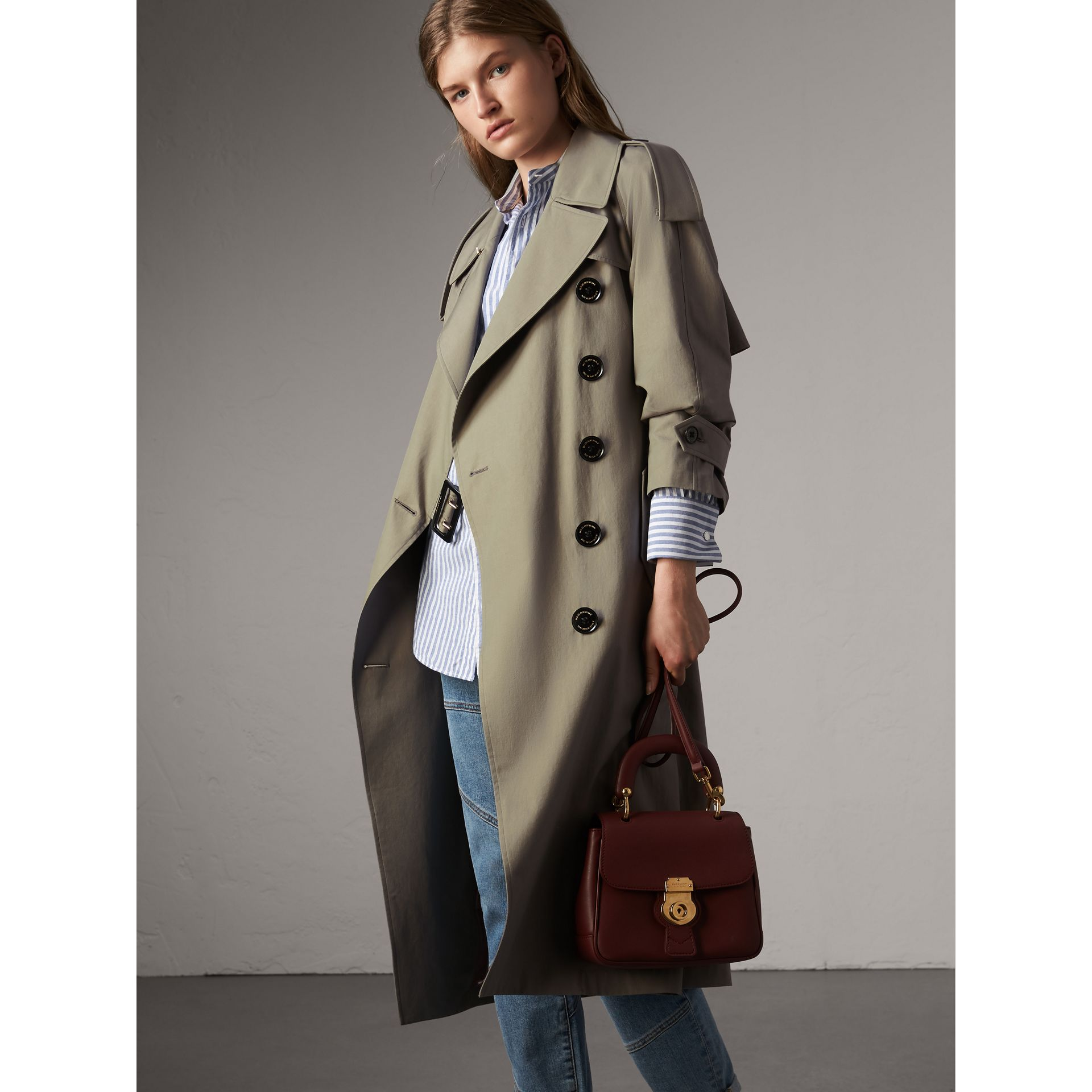 Tropical Gabardine Trench Coat in Slate Green - Women | Burberry - gallery image 4