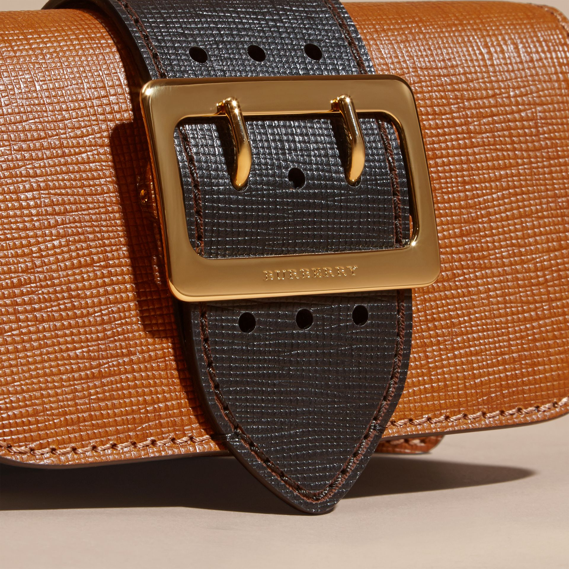 Tan / black The Small Buckle Bag in Grainy Leather - gallery image 2