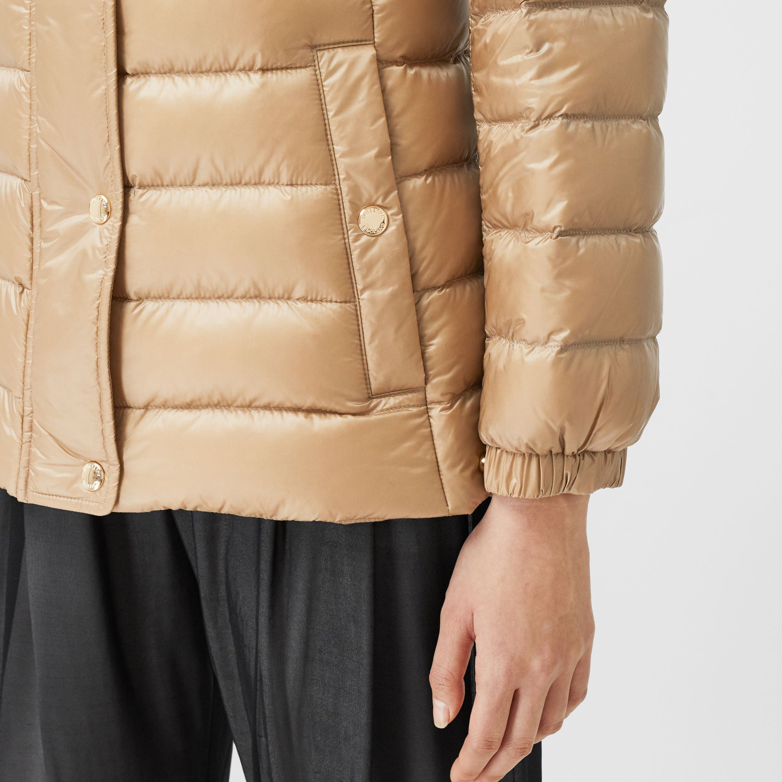 Monogram Print-lined Lightweight Puffer Jacket - Women | Burberry United Kingdom - 4