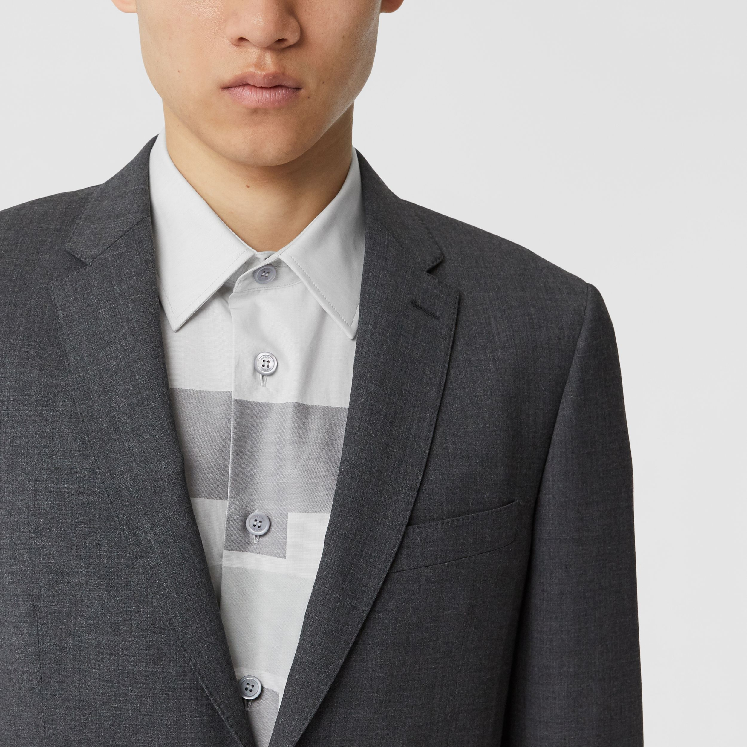 Slim Fit Stretch Wool Suit in Cloud Grey Melange - Men | Burberry - 2