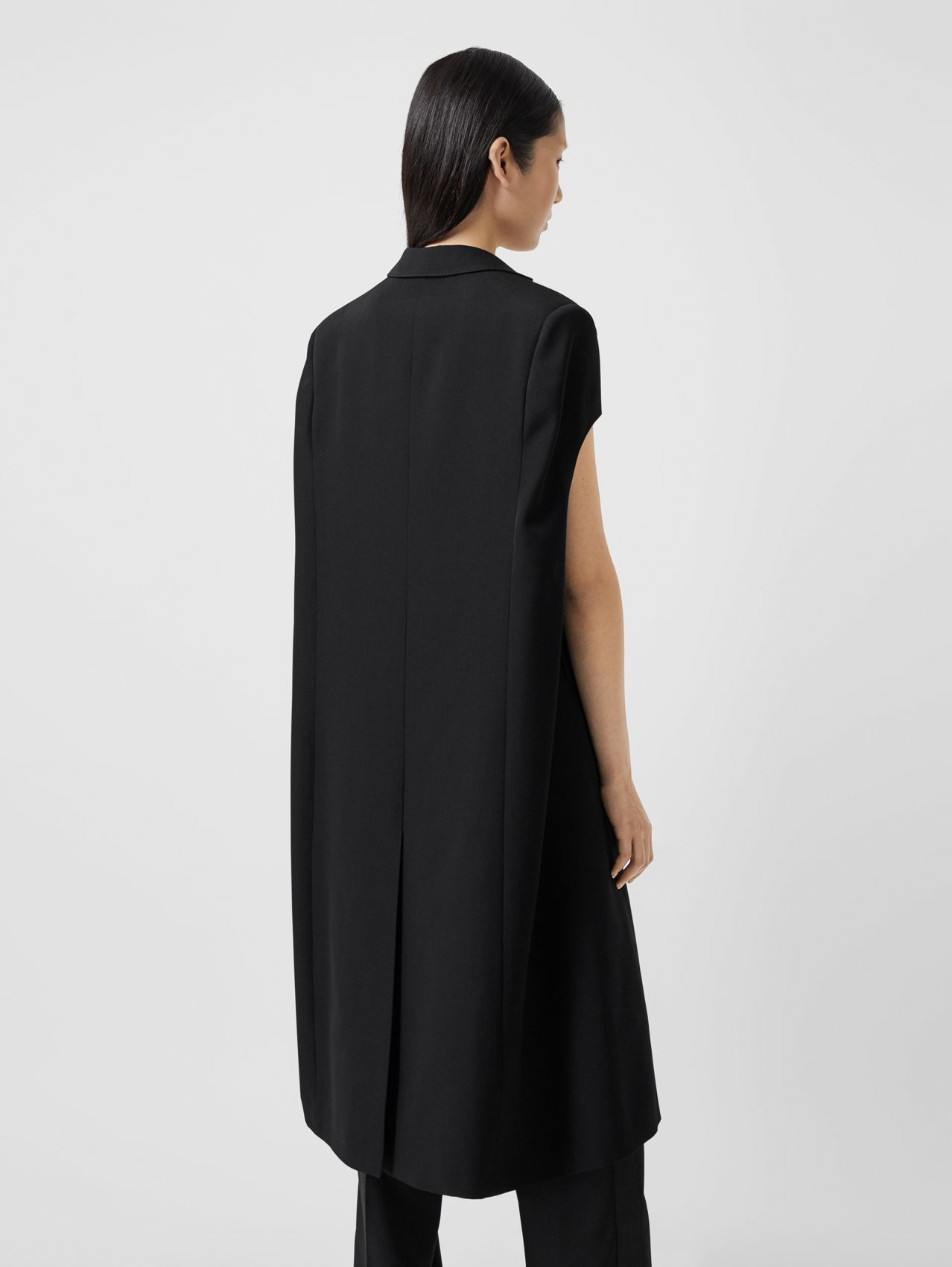 Grain De Poudre Wool Tailored Cape in Black