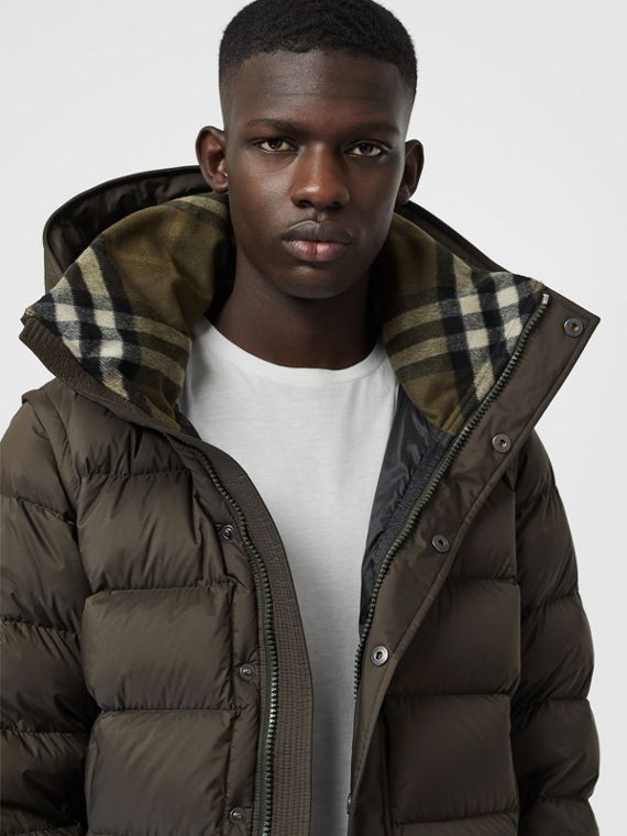 Detachable-sleeve Down-filled Hooded Puffer Jacket in Olive