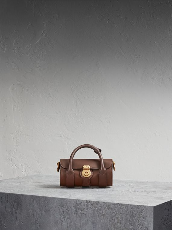 The Mini Barrel Bag aus Trench-Leder