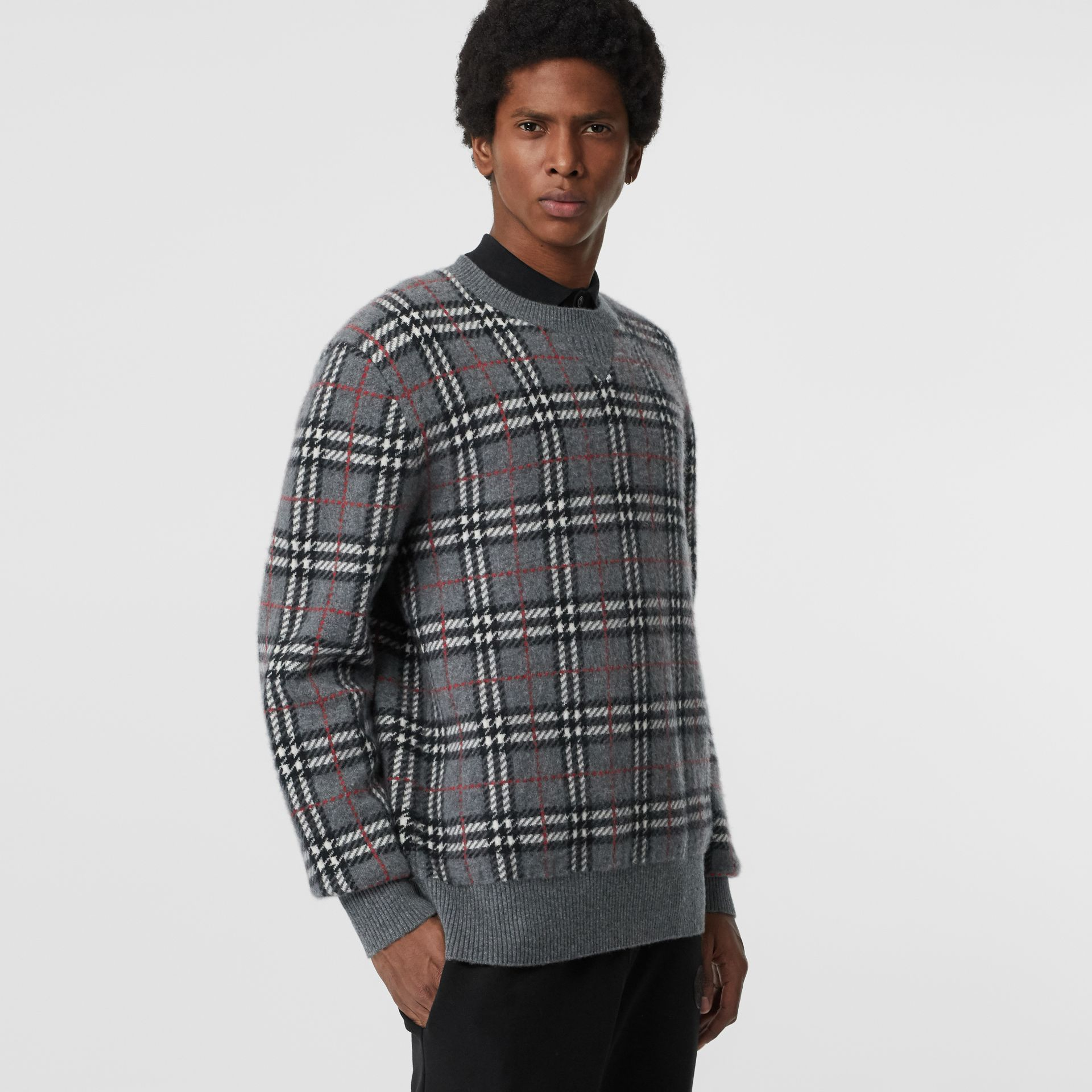 Check Cashmere Jacquard Sweater in Mid Grey Melange - Men | Burberry Singapore - gallery image 4