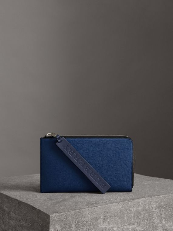 Two-tone Grainy Leather Travel Wallet in Bright Ultramarine