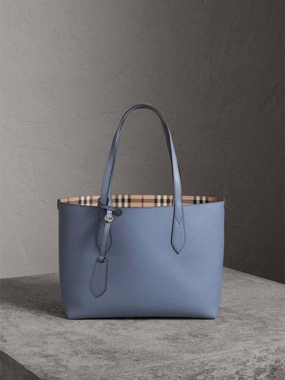 The Small Reversible Tote in Haymarket Check and Leather in Slate Blue - Women | Burberry