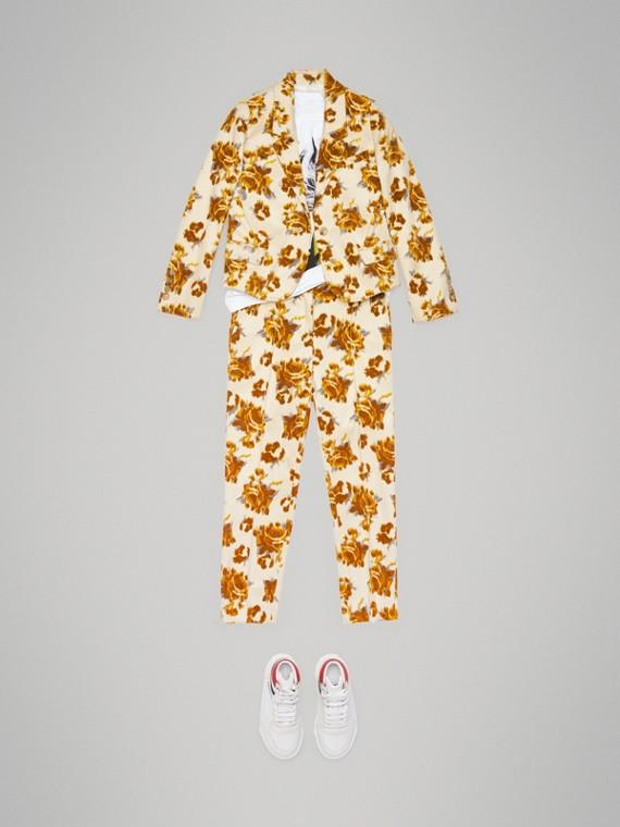 Pantalon en jacquard de velours à motif floral (Moutarde)
